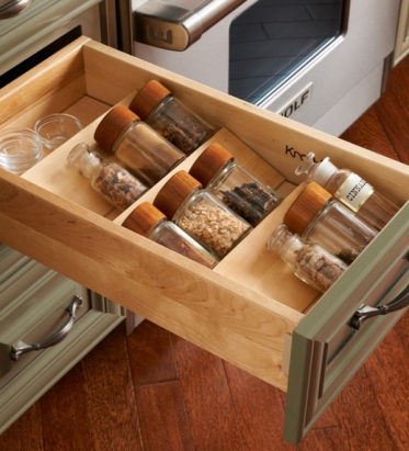 small-kitchen-drawer-spices-ideas